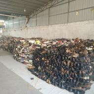 The professional and reputable supplier sells exported Used Shoes