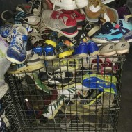 Nice  used clothes cheap used clothes used bag to Africa  man sport shoes