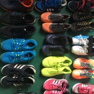 Fine second-hand sports men's shoes exported to Africa, the Middle East