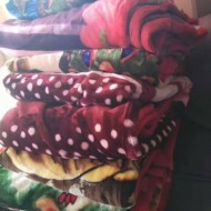 Exports to Dubai, the Middle East, Africa, boutique second-hand blankets