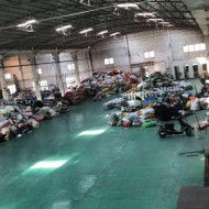 Guangzhou's old clothes exported to Kenya, Africa