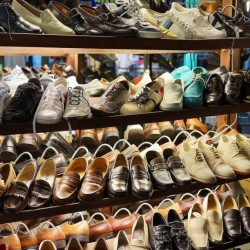 used woman shoes