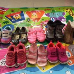 nice uesd children's shoes
